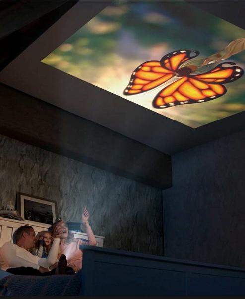 Met deze slimme beamer verander je ieder oppervlakte in een 2,5 m bioscoopscherm. Zit ook een krachtige speaker ingebouwd.