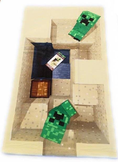 Deze Minecraft bandhanddoek lijkt op de ingang van een mijn, bewaakt door twee creepers.