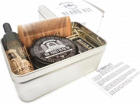 Deze baardverzorging set bevat alles wat je nodig hebt om je baard perfect te verzorgen en in model te brengen.