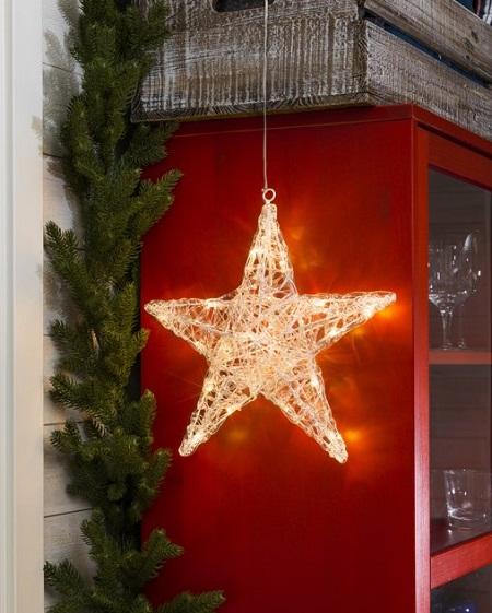 kerstster met warm witte led verlichting zorgt voor een gezellige kerstsfeer in huis.