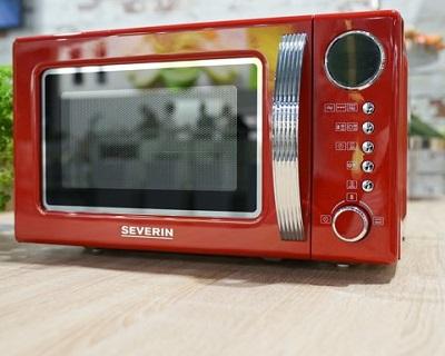 Mooie retro magnetron met grill functie en diverse kookprogramma's.