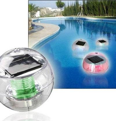 Met deze drijvende solar verlichting creëer je een prachtige sfeer in je zwembad of vijver.