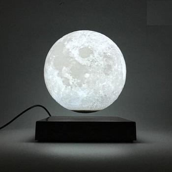 Zwevende maan lamp.