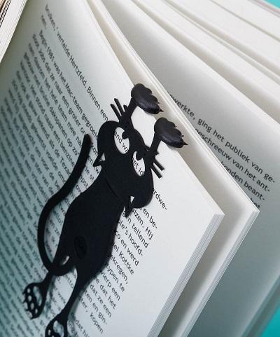Hangende Kat Boekenlegger – Curious Cat
