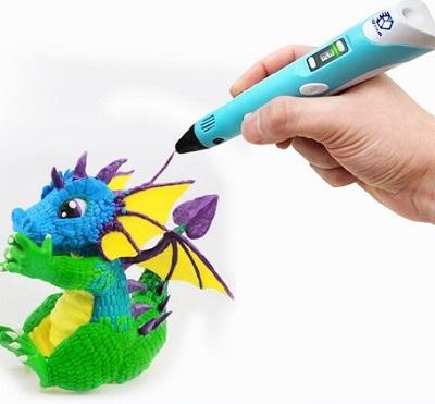 3D print pen waarmee een grappig draakje wordt getekend.