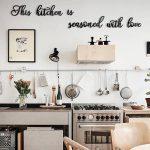 """Keuken Muurtekst """"This Kitchen Is Seasoned With Love"""""""