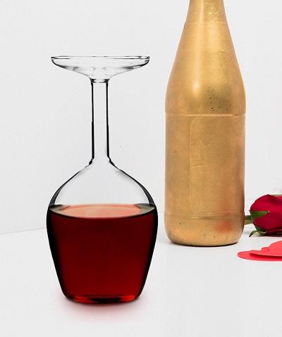 Upside Down Wijnglas
