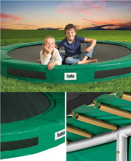 Inground - inbouw trampoline met twee kinderen erop.