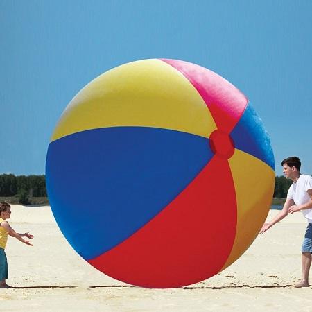 Gigantische Strandbal