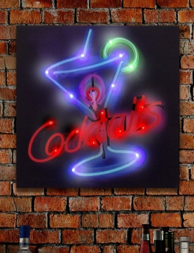 Leuk linnen 'cocktail' canvas met gekleurde LED verlichting.