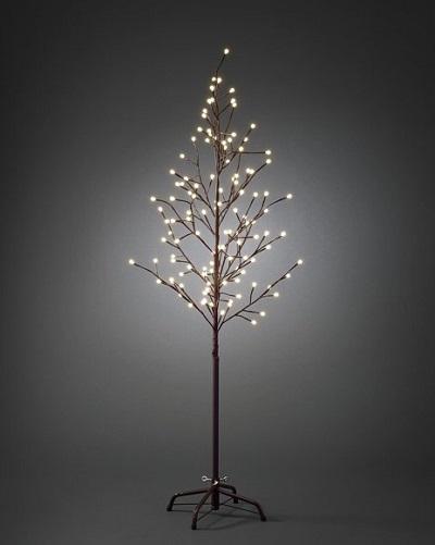 boompje met sfeervolle led lampjes die zowel binnen als buiten zorgen voor een sfeervolle verlichting.