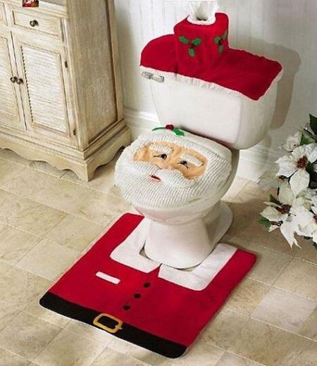Met deze grappige kerstman toilet set breng je ook je wc helemaal in de kerstsfeer.