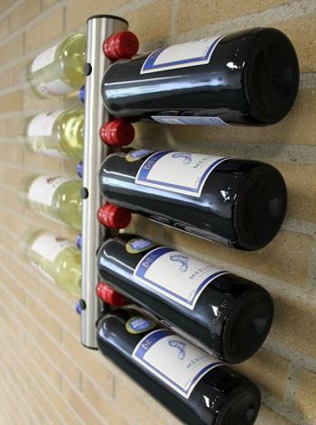 Met deze mooie flessenhouder voor aan de muur presenteer je je wijnvoorraad op een leuke en originele manier.