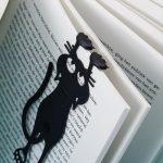 Hangende Kat Boekenlegger - Curious Cat