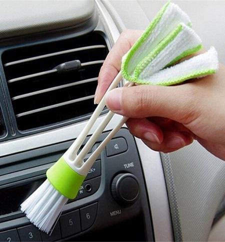 Handige airco borstel voor in de auto.