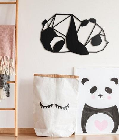 Metalen panda wanddecoratie.