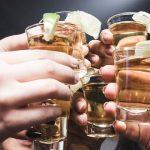 Leukste Drankspelletjes voor een Knotsgekke Avond