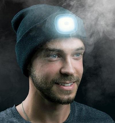 Muts met LED verlichting.