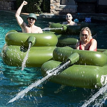 Opblaasbare Tank met Waterkanon