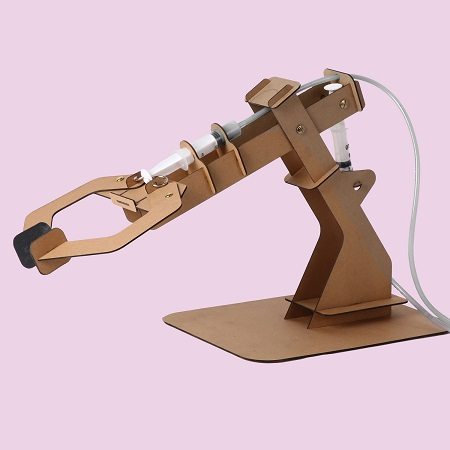 Doe het zelf hydraulische klauw bouwproject van craftboard.